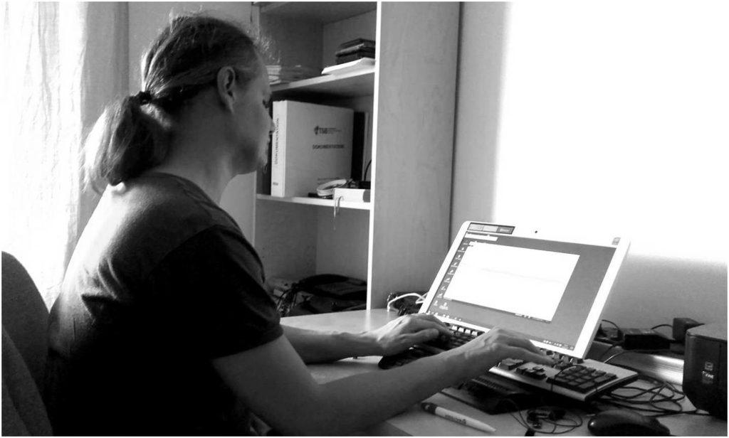 Bernhard Tschulnnigg Blind Chemie Computer